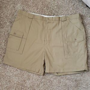 NWOT Men's Cargo Shorts